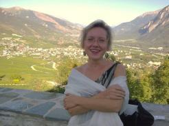 Notre directrice Adriana a l'air satisfaite de notre prestation pour le mariage de la fille à Maurice de Preux à Venthône le 05.09.2009